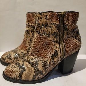 0a6636ec0fd Newport News Ankle Boots & Booties for Women | Poshmark